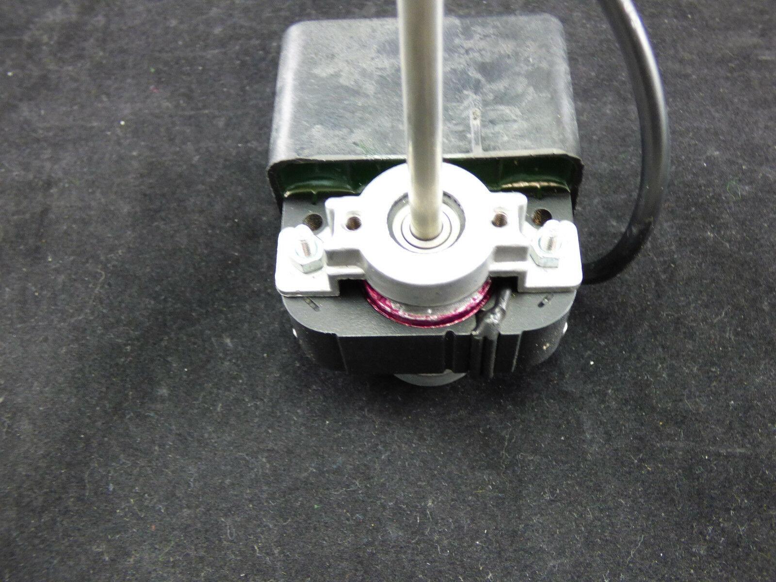 Rührwerksmotor für Zapfanlagen Nasskühler  Wellenhöhe 150mm IP55 2800 U/min